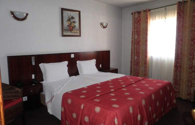 Hotel Residencial Batalha - Room - 6