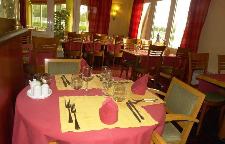 Brit Hotel Restaurant Le Cottage - Hotel - 4