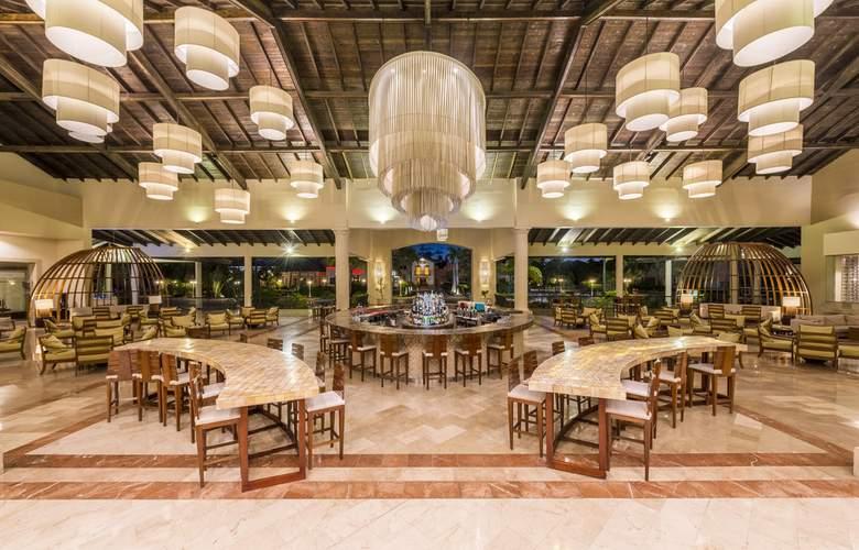 Ocean Blue & Sand - Hotel - 8