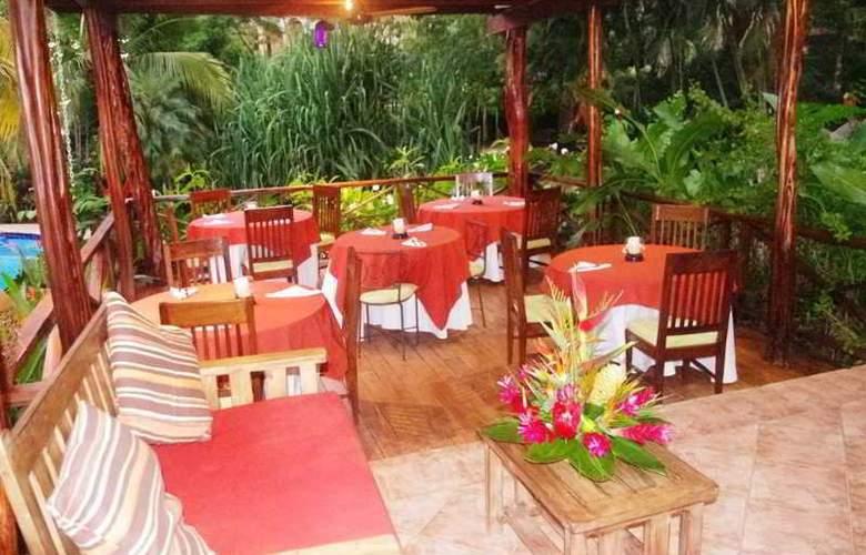 Los Lagos Spa & Resort - Restaurant - 11
