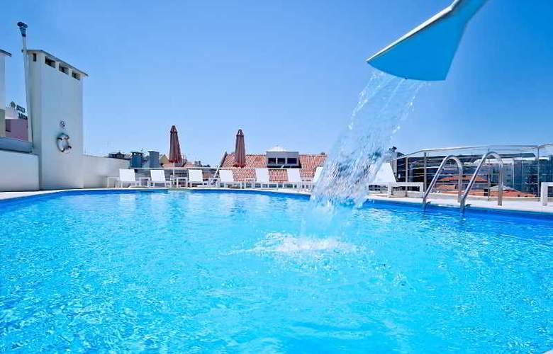 Sana Reno - Pool - 8