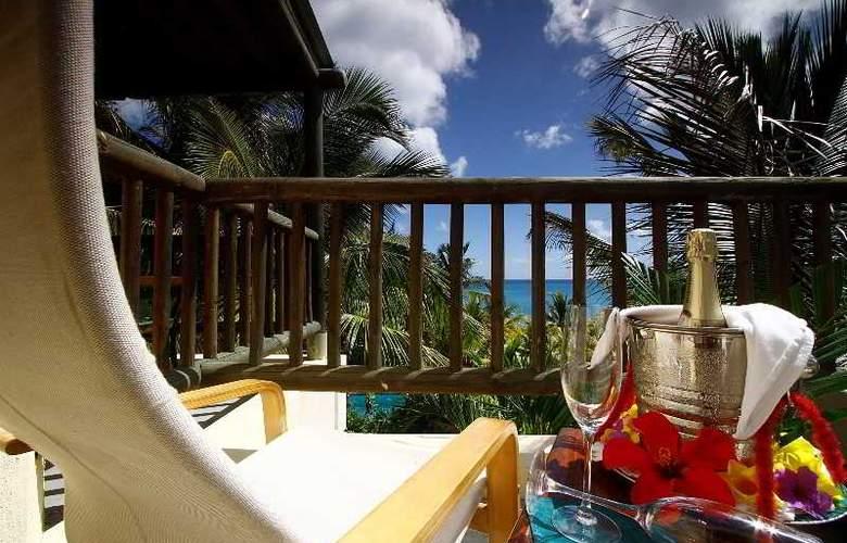 Hibiscus Beach Resort & Spa - Hotel - 12