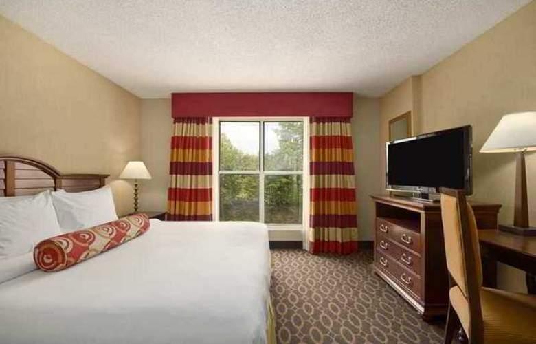 Embassy Suites Atlanta - Airport - Hotel - 4