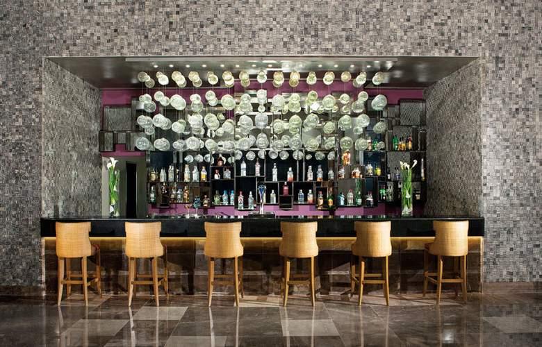 Secrets Vallarta Bay Resorts & Spa Adults Only - Bar - 4