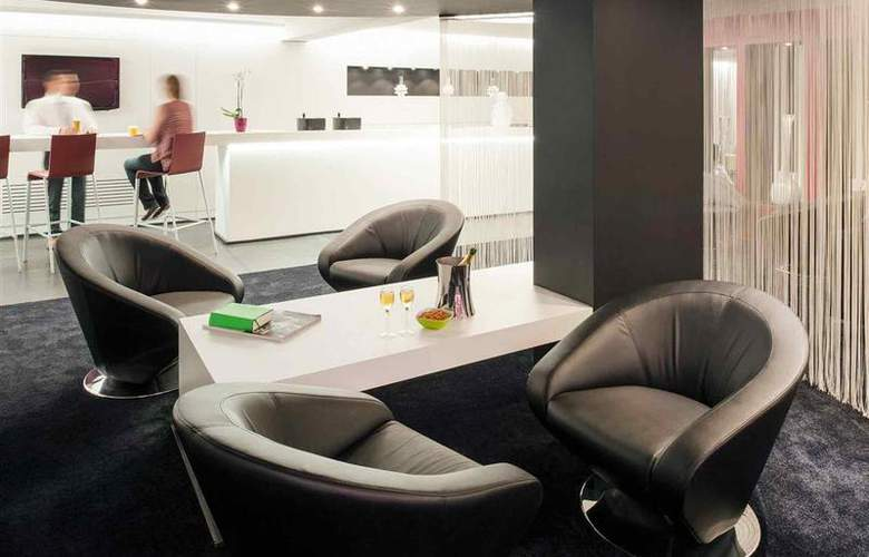 Ibis Styles Brussels Louise - Bar - 24