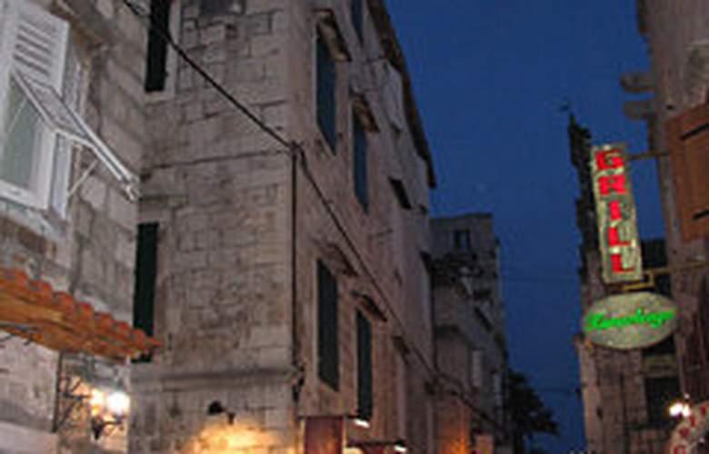 Apartments Stari Trogir - General - 2