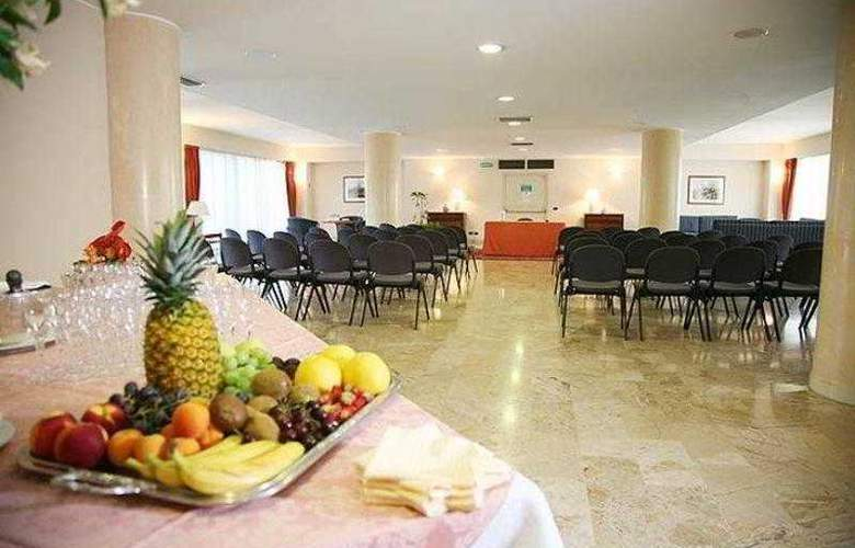 Best Western Park Piacenza - Hotel - 14