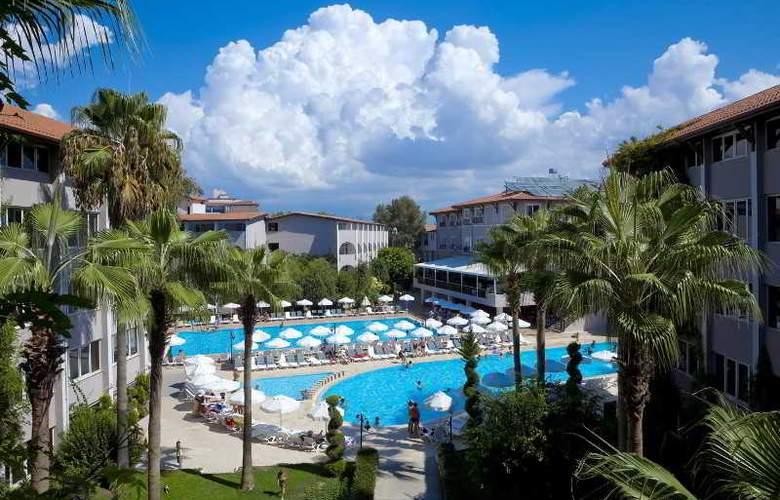 Club Bella Sun - Pool - 11