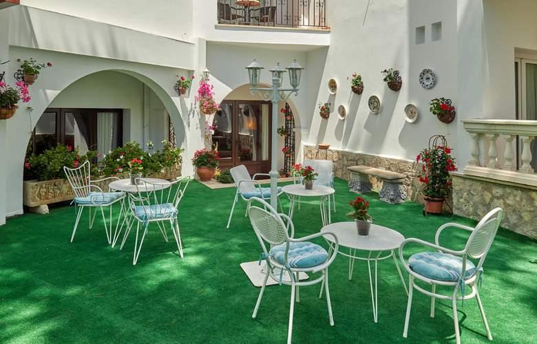 Bon Sol - Terrace - 28