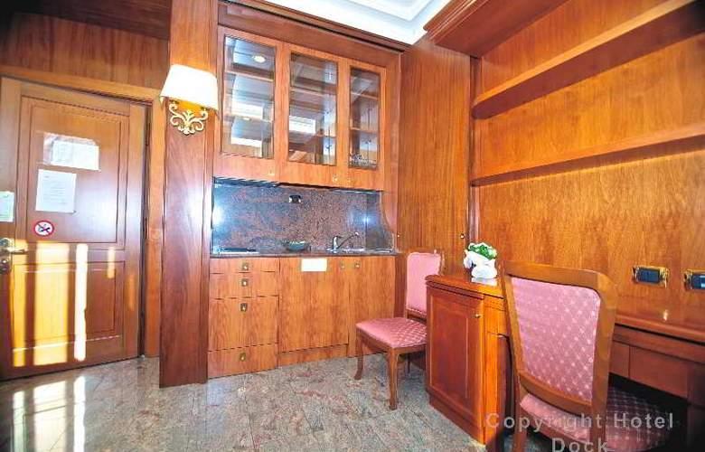 Dock (All Suites) - Room - 15