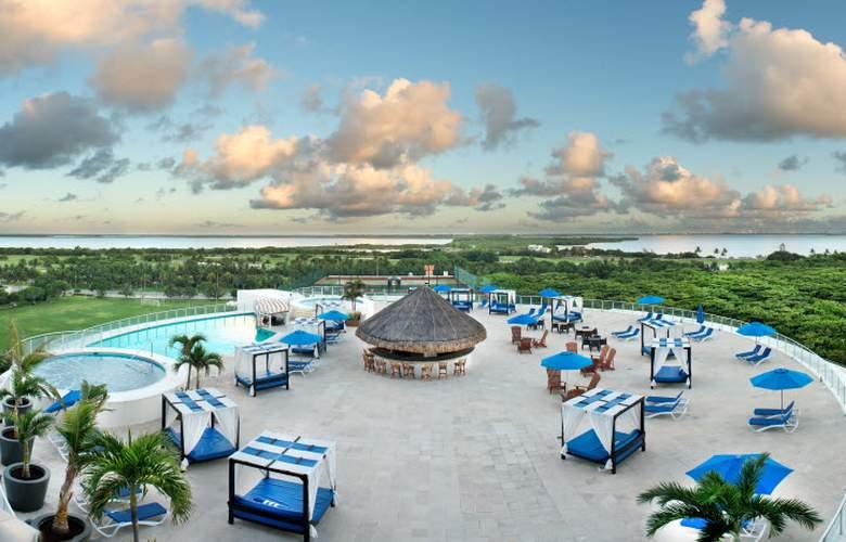 Seadust Cancún Family Resort - Pool - 3