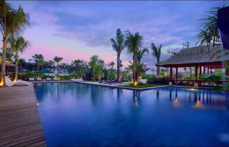 Favehotel Umalas Bali - Pool - 9