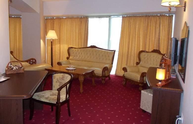 Esplanada Hotel - Room - 6