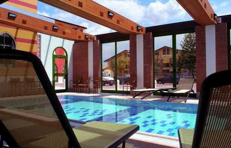 Villa Malaspina - Pool - 4