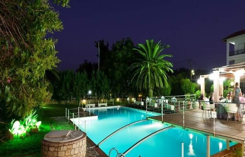 Olympic Village - Pool - 9