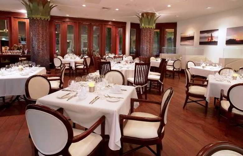 Hilton Aruba Caribbean Resort & Casino - Restaurant - 26