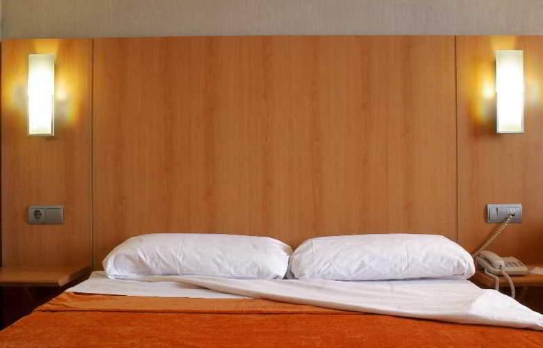 Posadas de España Pinto - Room - 15