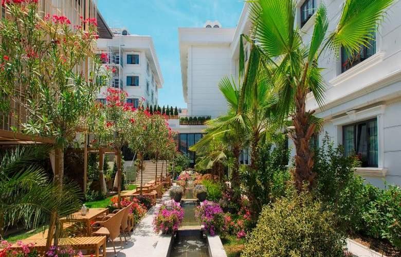 Sura Hagia Sophia Hotel - Terrace - 75
