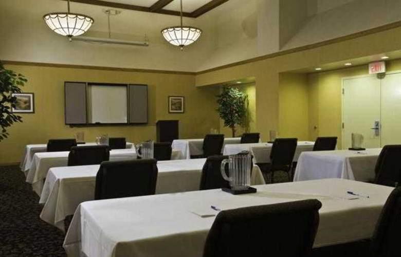 Holiday Inn Express Nashville Airport - Hotel - 3