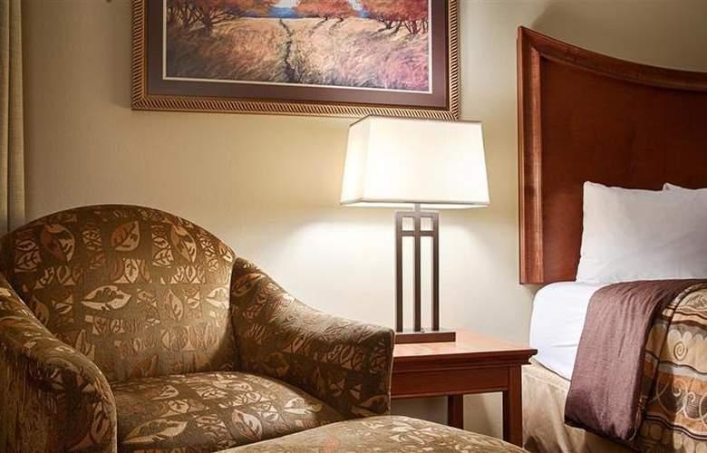 Best Western Plus Grand Island Inn & Suites - Room - 45