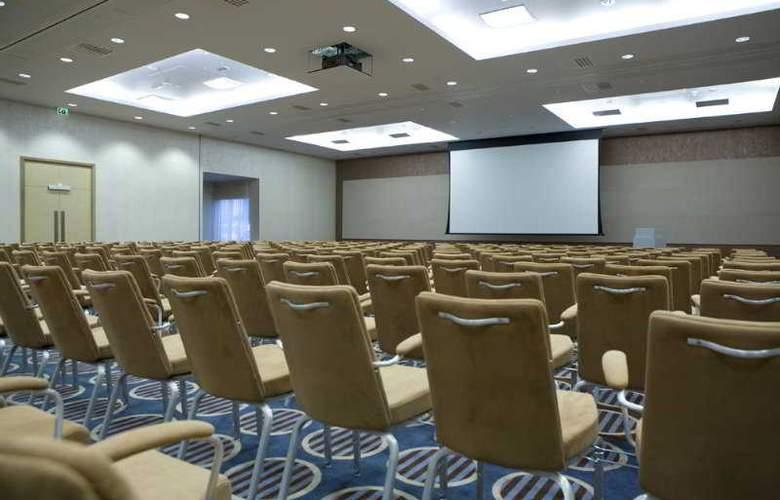 Radisson BLU Waterfront Hotel - Conference - 8