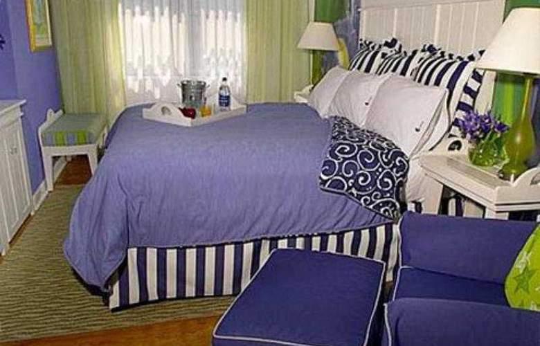 Claridge House - Room - 2