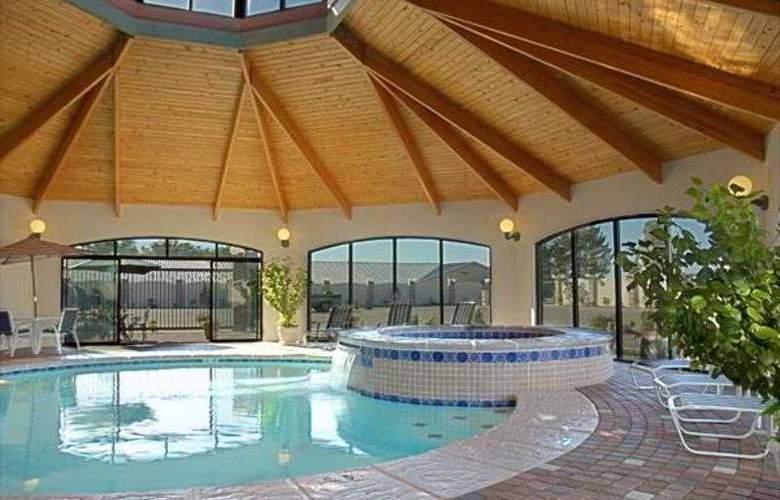 Tulip Inn Estarreja Hotel & Spa - Pool - 23
