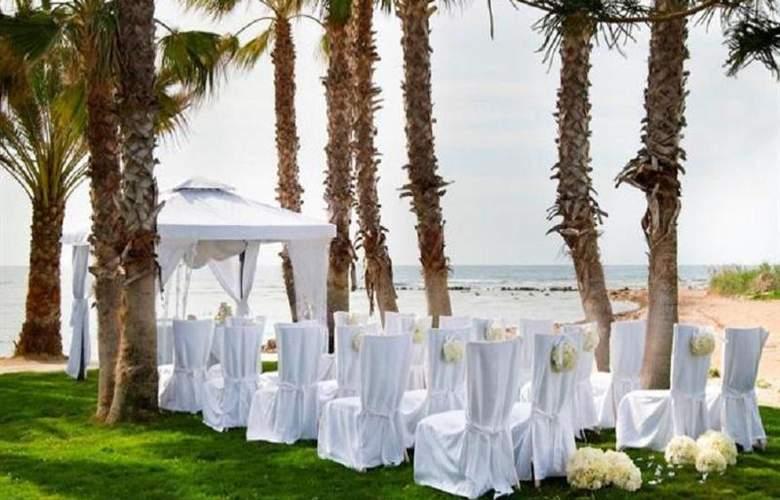 Louis Phaethon Beach - Hotel - 3
