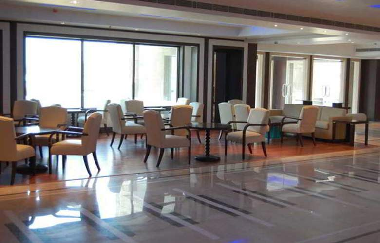 Airport Residency - Restaurant - 8