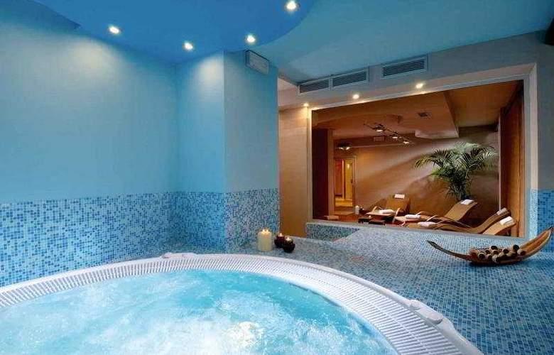 Zanhotel & Meeting Centergross - Pool - 6