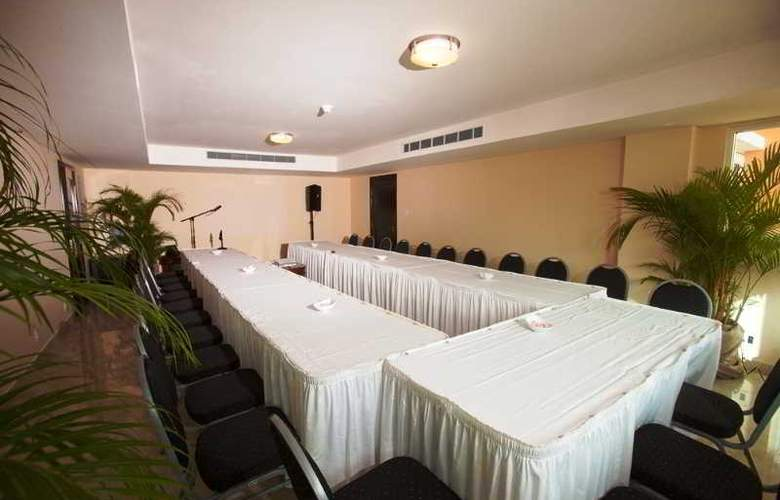 Ocean Two Resort and Residences - Conference - 17