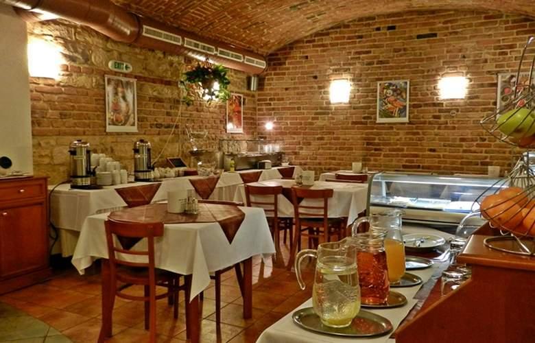 Alton Praga - Restaurant - 3