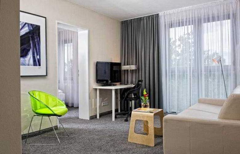 Tryp by Wyndham Frankfurt - Room - 2