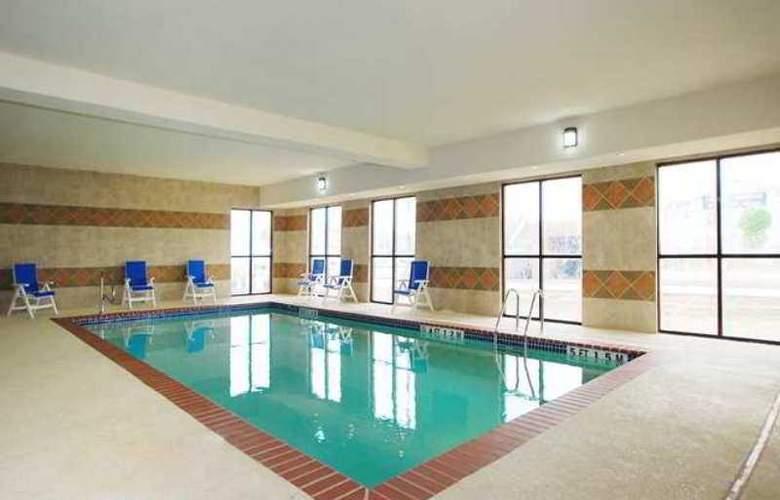 Hampton Inn & Suites Childress - Hotel - 2