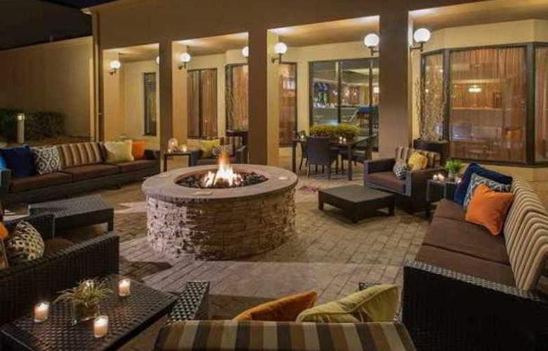 Courtyard Dallas Addison/Midway - Hotel - 46