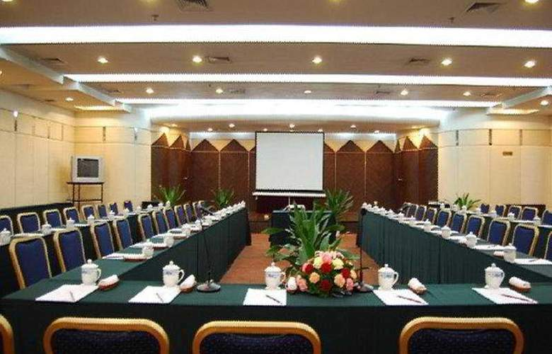 Orient - Conference - 3