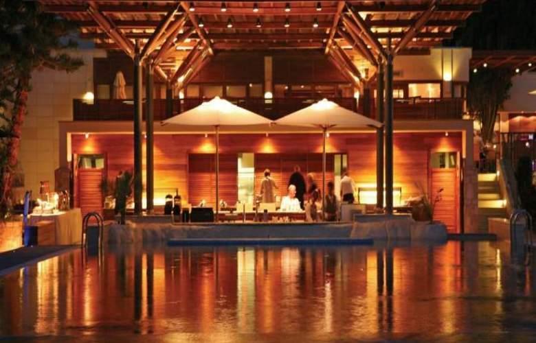 Columbia Beach Hotel - Hotel - 21