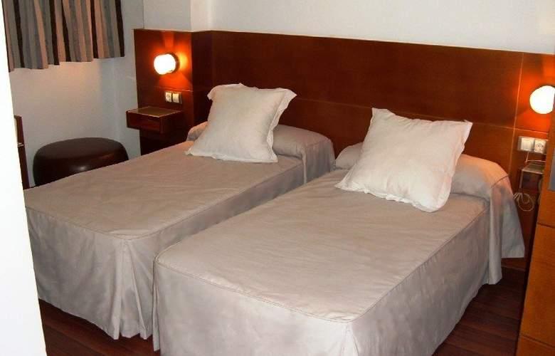Miramar Hotel Restaurante - Room - 6