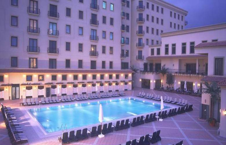 Hyatt Regency Baku - Pool - 13