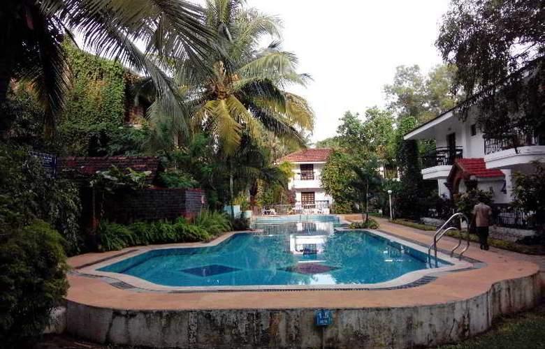 Villa Goesa - Pool - 17