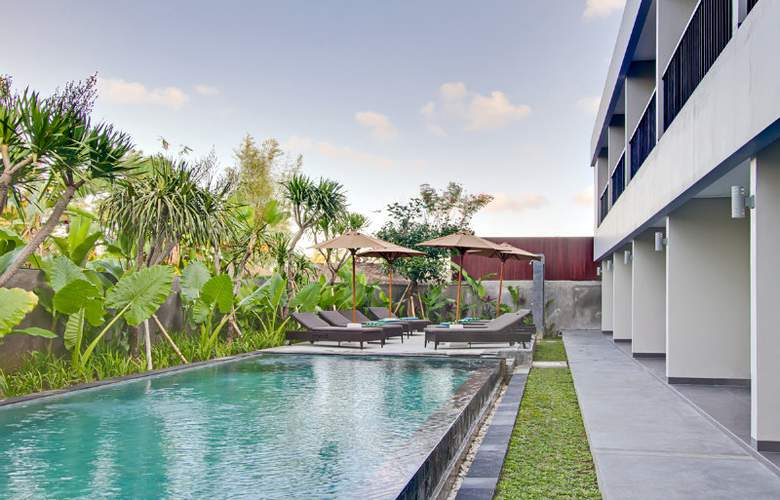 Amadea Resort And Villas - Pool - 2