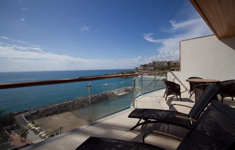 Radisson Blu Resort Gran Canaria - Terrace - 7