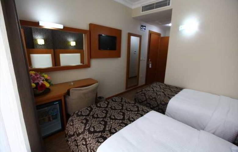 Grand Hotel Avcilar - Room - 1