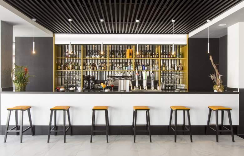 Grand Luxor - Bar - 6