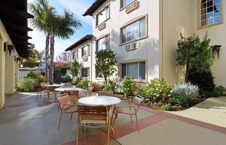 Best Western Plus Capitola By-The-Sea Inn & Suites - Hotel - 11