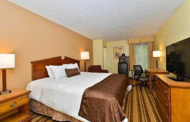 Best Western Plus Richmond Airport Hotel - Hotel - 58