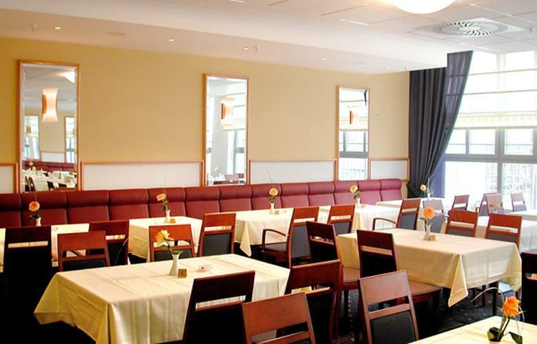 H+ Berlin Mitte - Restaurant - 10