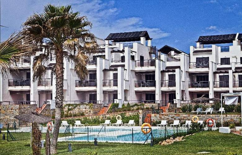 Casares Del Mar Luxury Apartments - Hotel - 0