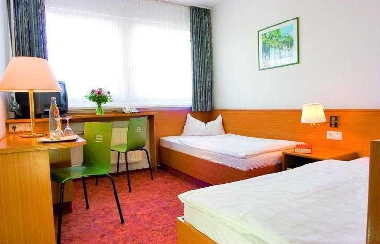 Ibis Dresden Lilienstein - Room - 6