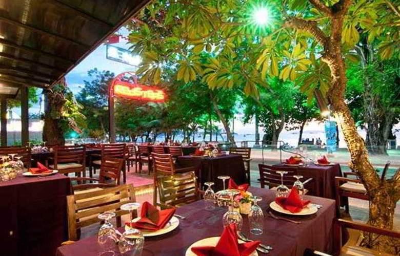 Sandalay Resort Pattaya - Restaurant - 23